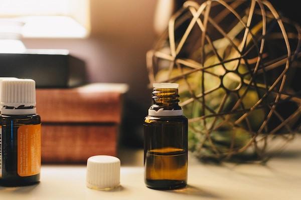 huiles-essentielles-pharmacie-imbert-beauvais-sur-matha
